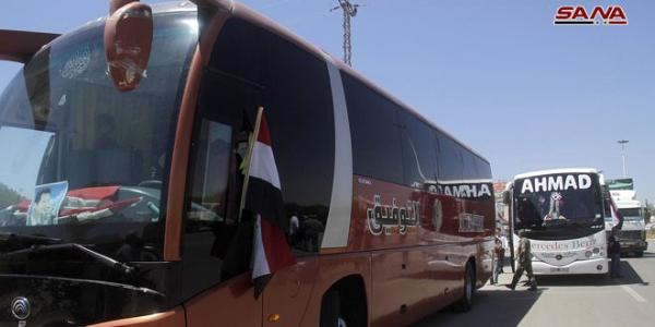 New batch of displaced Syrians return from Lebanon